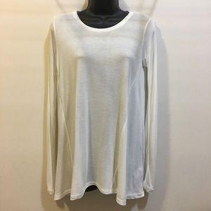 CABI basic long sleeve cream Rayon t-shirt XXS
